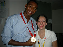Gold medalist Cullen Jones and Lauren pose for a pic.